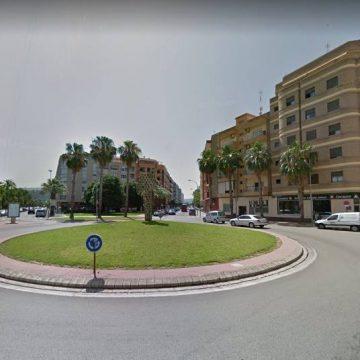 Alzira reparteix 31.000 euros entre 70 joves per què compren el primer habitatge