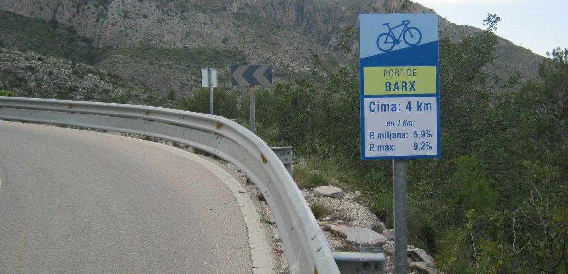 Un ciclista mor atropellat a la carretera de Barx a Gandia