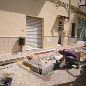 Xeresa reforma el carrer València amb 30.000 euros