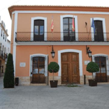 L'Ajuntament de Vilallonga inicia una campanya de retirada de vehicles de la via pública