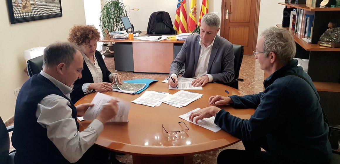 Oliva formalitza la cessió del seu tram de la CV-683 a la Diputació de València