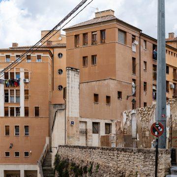 Veïnat d'Alcoi rep formació per normalitzar el subministrament elèctric de les seues vivendes
