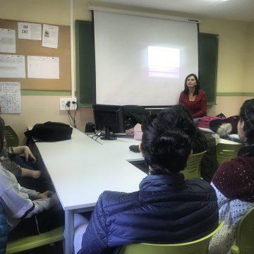El departament de Salut de Gandia realitza 170 tallers en educació sexual en un any