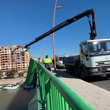 L'Ajuntament de Cullera retira les planxes del Pont de la Bega davant el risc de caiguda