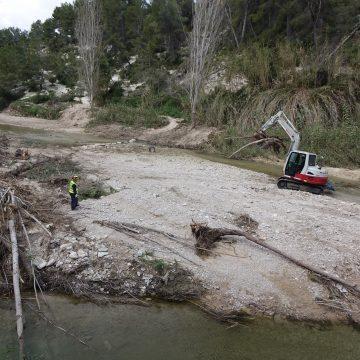 La Confederació neteja el Clariano pels danys de 'Glòria' mes i mig després
