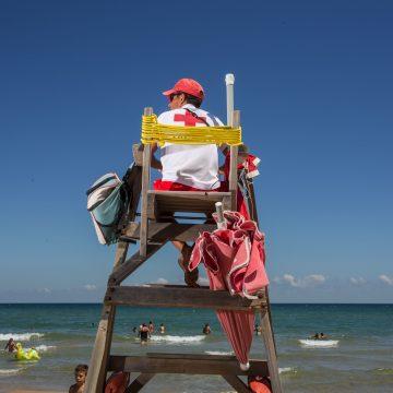 Les platges de Oliva estrenen la temporada 2020 amb mesures de seguretat