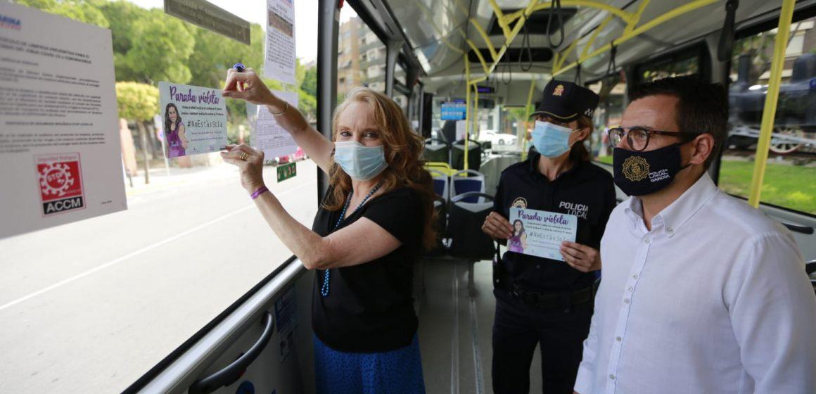 Gandia llança la iniciativa #NoEstàsSola amb la col·laboració del sector del taxi i de l'autobús