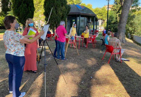 L'Ajuntament d'Alcoi realitza a l'aire lliure les activitats de les aules de majors