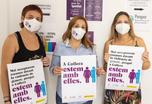 Cullera repartix mascaretes contra la pandèmia de la violència masclista