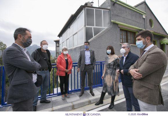 Finalitzen en Gandia les obres del nou pont d'accés a la urbanització Montepino
