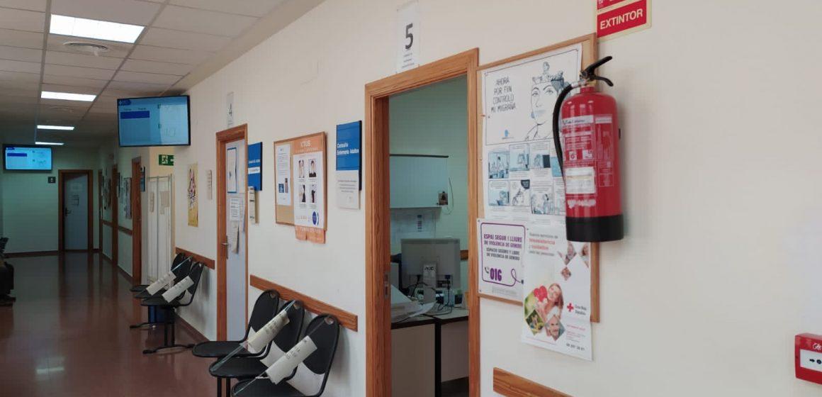 El departament de salut de Gandia instal·la pantalles de gestió de torns en el centre de salut de Vilallonga