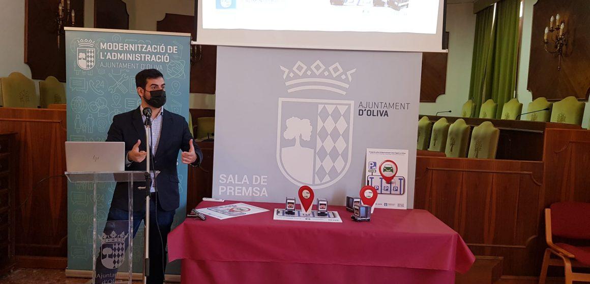 Oliva presenta un programa pilot, d'estacionament intel·ligent a la ciutat