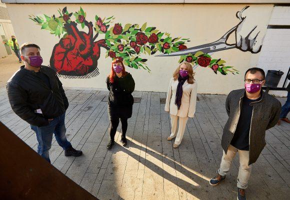 Gandia consciencia contra la violència de gènere amb un nou mural