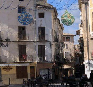 Xàtiva ordena la clausura immediata de dos pubs i dues terrasses al Mercat