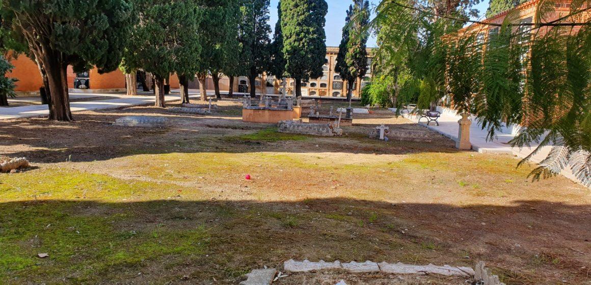 L'Ajuntament de Sueca reorganitza el cementeri per problemes d'espai