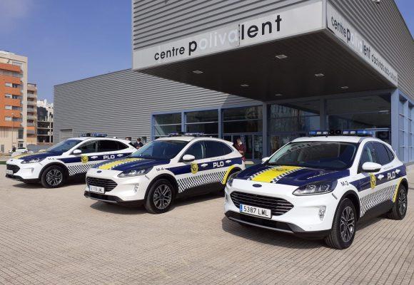 L'Ajuntament d'Oliva disposa de tres nous vehicles híbrids de Policia Local
