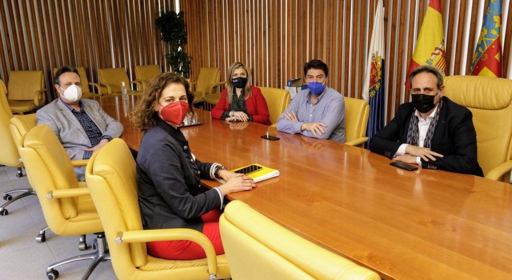 L'Ajuntament d'Alacant acorda la suspensió de les Fogueres de 2021