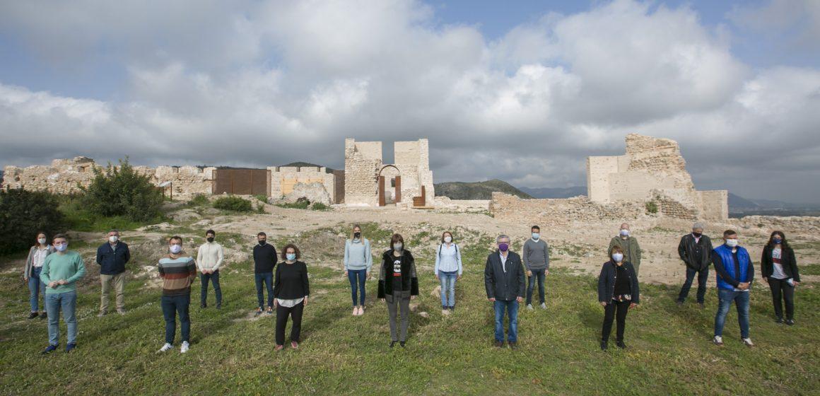La Corporació municipal de Gandia visita el Parc Arqueològic del Castell de Bairén
