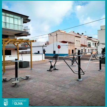 Oliva estrena un nou espai biosaludable en la platja