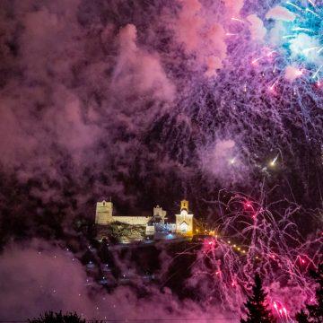 Cullera evoca les Festes Majors amb un concert extraordinari i un castell de focs