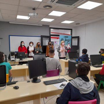 L'Ajuntament de Gandia i l'Institut Valencià de la Joventut inicien el programa JOOP