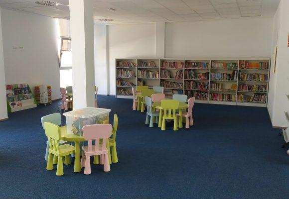 L'Agència de Lectura de la Font d'En Carròs estrena un nou espai per al públic infantil