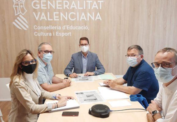 L'Ajuntament de Vilallonga i la Conselleria d'Educació acorden millorar l'IES Vall de la Safor i el CEIP Verge de la Font
