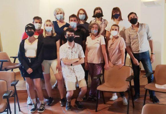 L'Escola de Teatre Municipal d'Oliva s'estrena en la Fira Cultural