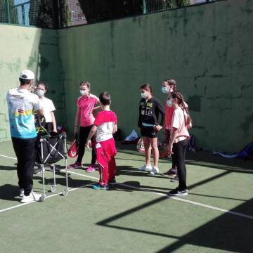 La Regidoria d'Esports d'Oliva organitza unes jornades esportives i recreatives a l'aire lliure per als xiquets i xiquetes