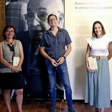 Oliva organitza un cicle de visites guiades per a conéixer l'exposició sobre el poeta Francisco Brines