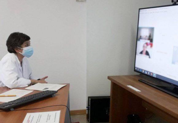 Més de 300 professionals participen en les sessions de suport psicològic de l'Hospital Universitari de la Ribera