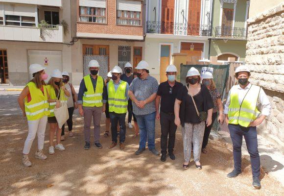 El director general d'Infraestructures Educatives visita les obres del col·legi Carrasquer