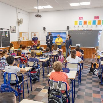 Cullera dóna la benvinguda a un nou curs escolar