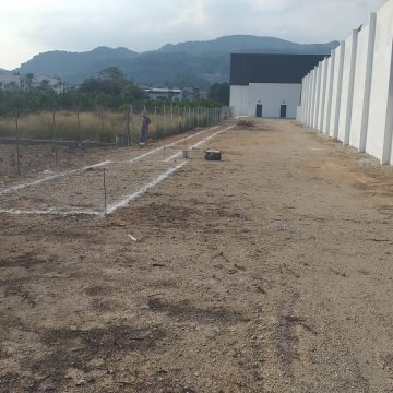 Comencen les obres del fossat de la pista d'atletisme de Real de Gandia